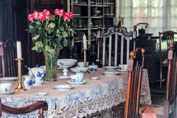 Blixen dining room