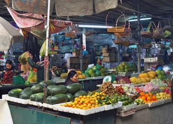 market at Halong Bay