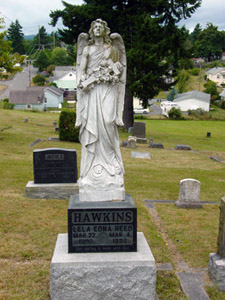 angel statue grave marker