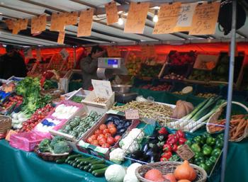 Paris grocery shop