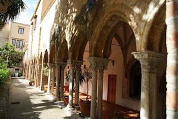 Palermo walkway