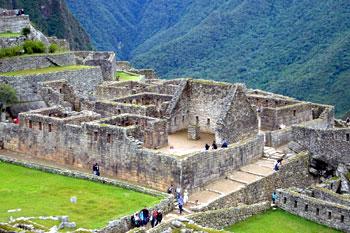 maze of Inca stone buildings at Machu Picchu