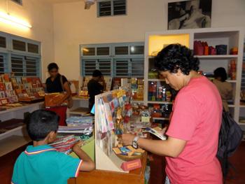 Pondicherry souvenir shop