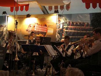 band in Salzburg beer garden