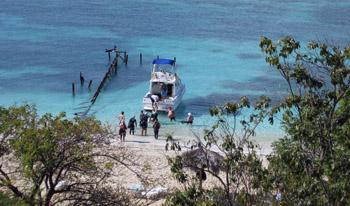 boat arriving Trinidad bay
