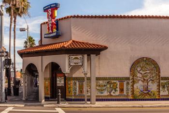 Colulmbia restaurant