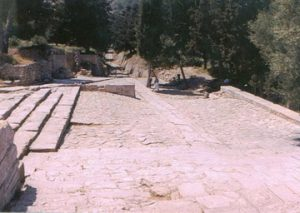 pathway leading to Knossos Palace