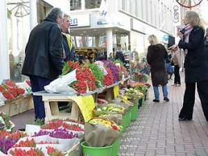 flower vendor on Leiden street
