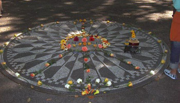 Strawberry Fields John Lennon memorial, Central Park