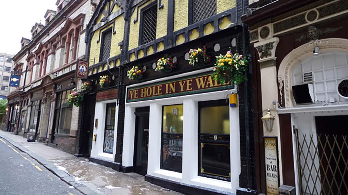 Ye Hole In Ye Wall Pub, Liverpool