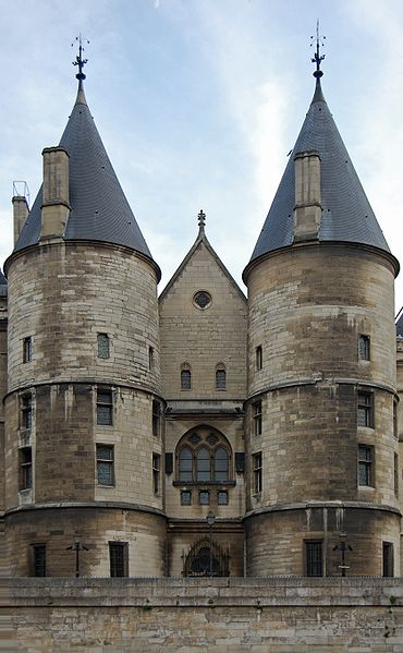 Conciergerie towers