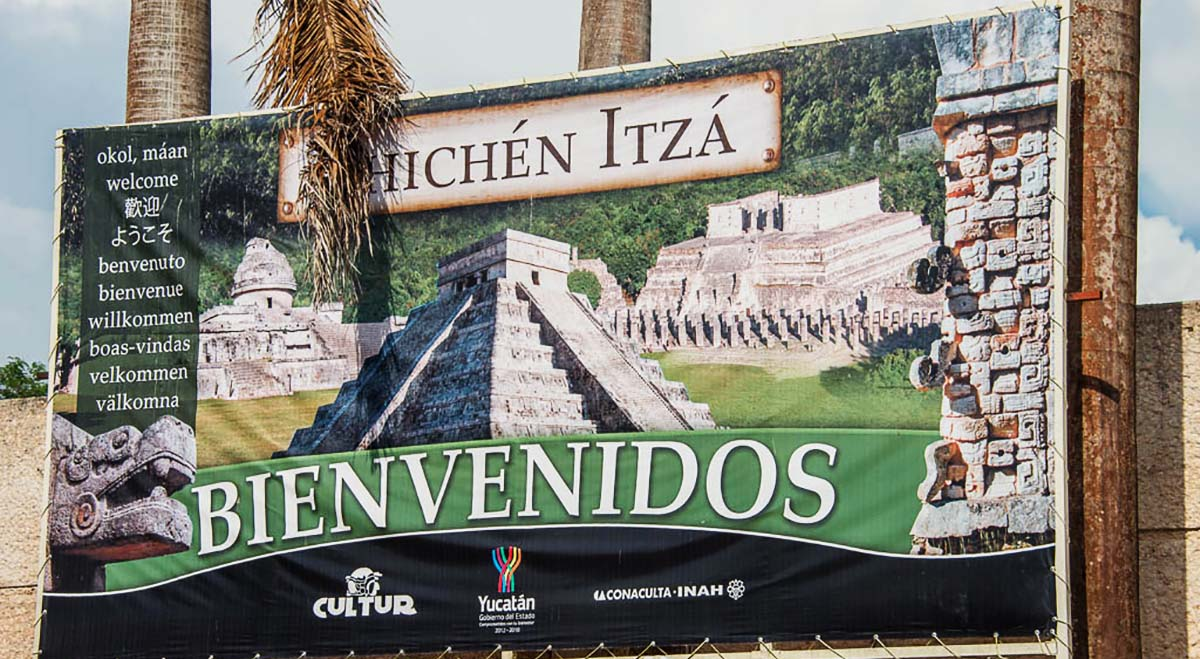 welcome to Chichen Itza sign