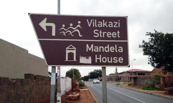 Directional sign for Mandela house