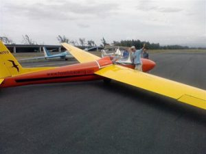 glider airplane in Honolulu