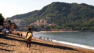 Barra de Navidad beach