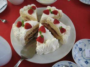 dessert at Broundum's Hotel