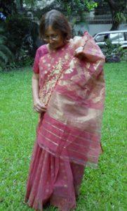 the author wearing her Jamdani saree