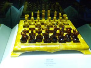 chess set made of amber