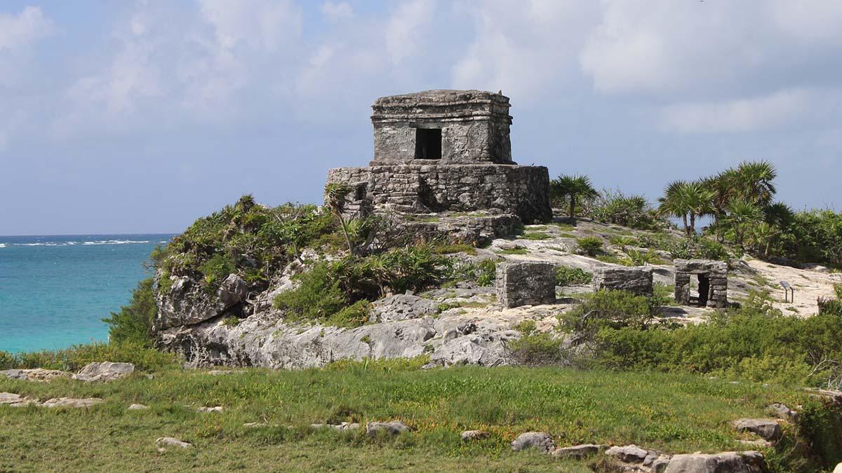 Maya ruins, Tulum Yucatan