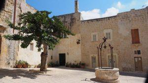 courtyard in Valetta, Malta