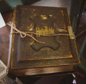 Nellis Tavern Family Bible