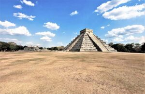 Chichen Itza in Great Plaza