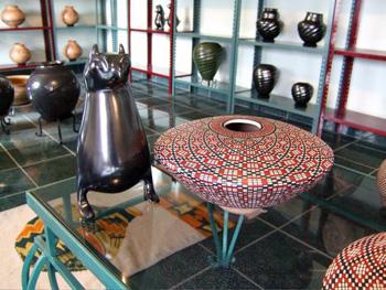 Mata Ortix Pottery in nearby Nuevo Casas Grandes shop