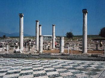 temple remains at Samothraki