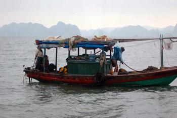 boat on Halong Bay