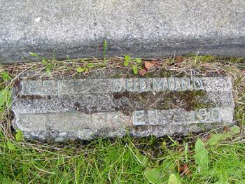 Golsmundsen grave marker
