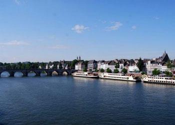 river cruise boats in Maastricht