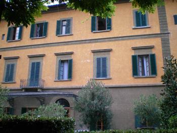 Casa Santo Nome di Jesu, Florence