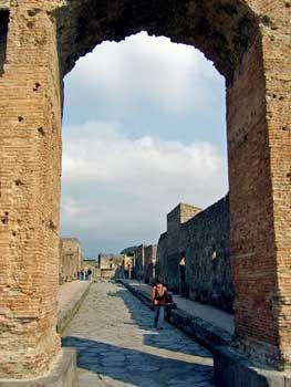 raised sidewalks flank Pompeii street