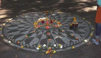 Strawberry Fields John Lennon memorial, Central Park