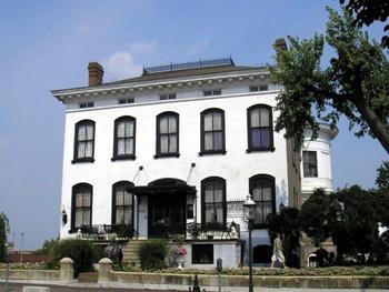 Lemp Mansion exterior