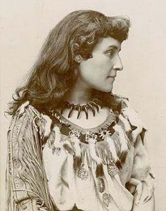 Tekahionwake circa 1895