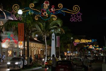 Cozumel Christmas lights