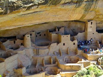 Amasazi cliff dwellings