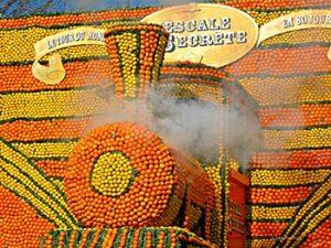 tangerine train float