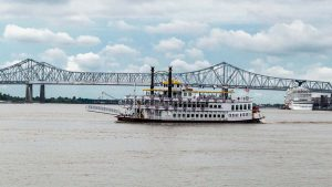 new orleans paddle wheel boat