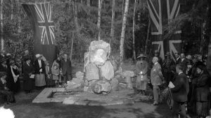 Ceremony at Pauline Johnson's grave, 1920