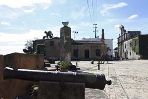 sundial and cannons