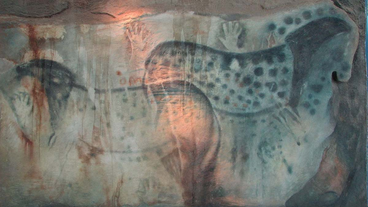 spotted horses in cave painting