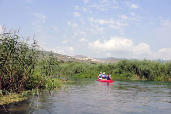 canoing on the river Tirino