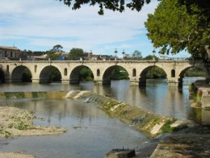 Roman bridge, Sommieres