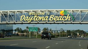 Welcome to Daytona Beach sign