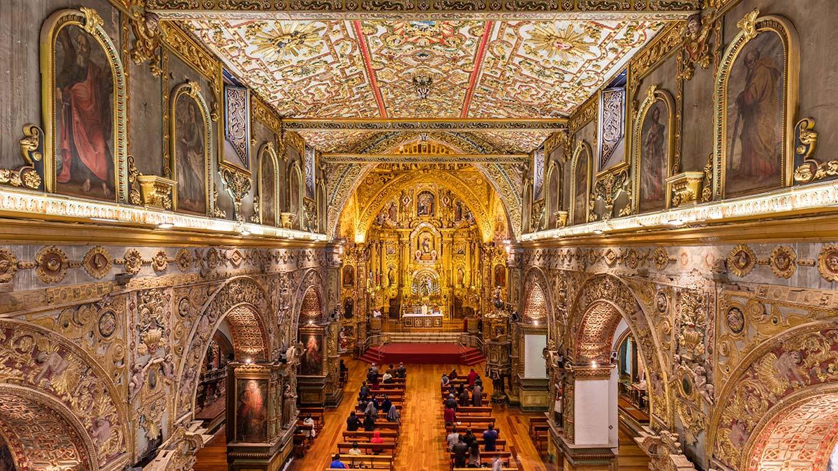 Interior of Iglesia de San Francisco, Quito