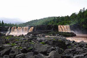 waterfall near Sapatura