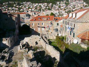 evidence of recent war in Dubrovnik