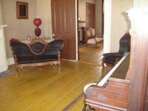 Edwardian furniture in Joplin living quarters